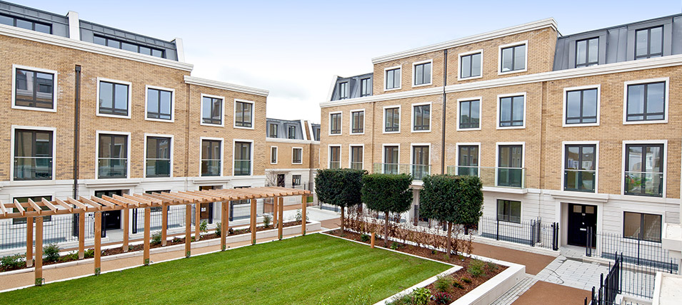 LONDON SQUARE FULHAM 	THE KENSINGTON SHOW HOME NOW OPEN