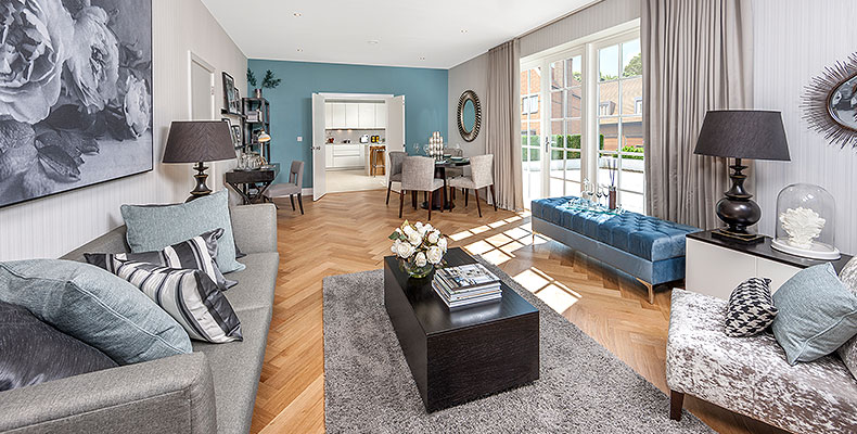 LONDON SQUARE HAYES, BR2 	A LUXURIOUSLY CLASSIC LIFESTYLE
