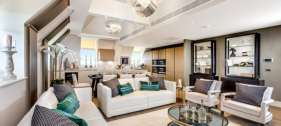THE PENTHOUSE SHOW APARTMENT AT THE STAR AND GARTER 	OPEN DAILY