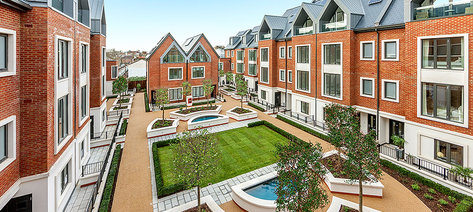 TEDDINGTON'S NEWEST GARDEN SQUARE 	NOW OVER 75% SOLD