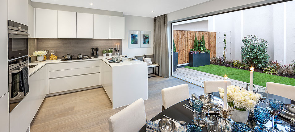 LONDON SQUARE TEDDINGTON 	TWO STUNNING SHOW HOMES OPEN DAILY
