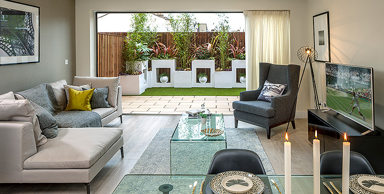 LONDON SQUARE TEDDINGTON 	STUNNING SHOW HOME OPEN DAILY